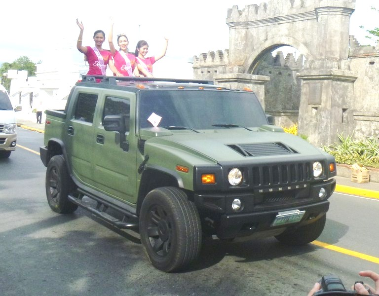 Hummer with Mutya Ning Angeles 2013 Winners