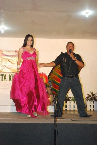 Dante serenading Ms. Grachele Mae Managuit
