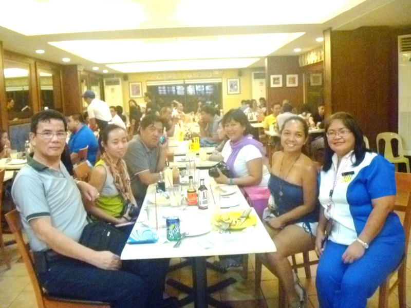 L-R: the author, Mae Escartin, Bernard Supetran, Lally Supetran, Arabelle Jimenez and Tet Cabaylo