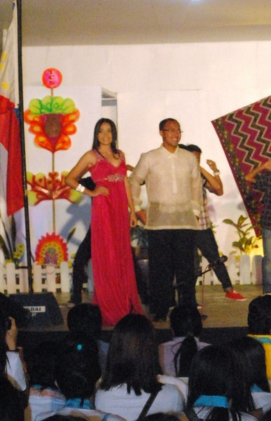 Our host Flord with Ms. Lin-ay kang Antique 2012