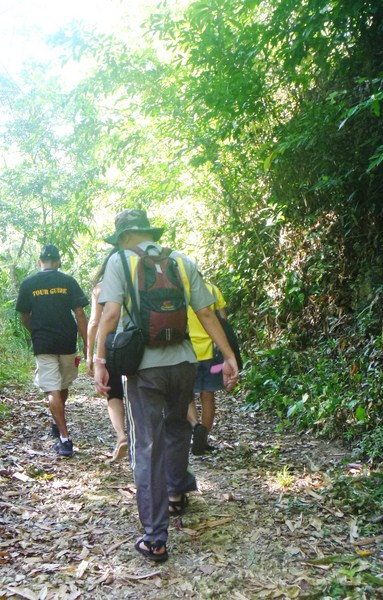 Trekking the well-trodden trail to Maaghit Cave