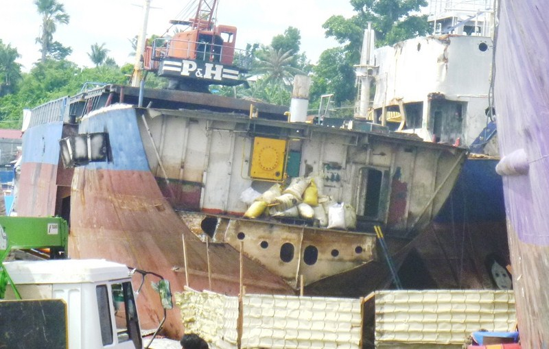 Beached Ships at Anibong (17)