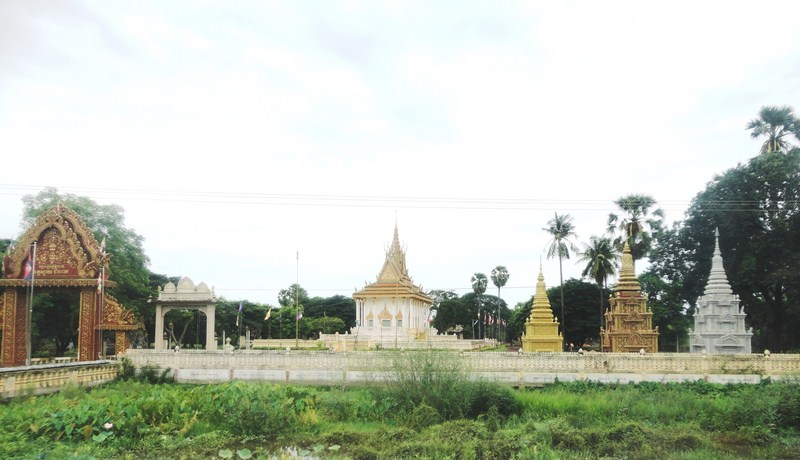 A small temple along the highway