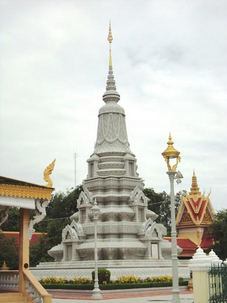 King Ang Duong's Stupa