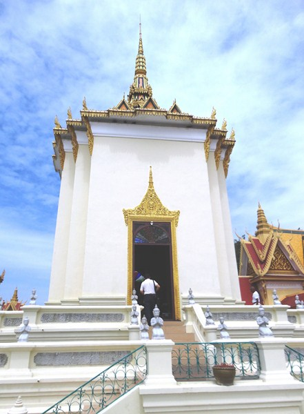 Mandapa of Satra and Tripitaka