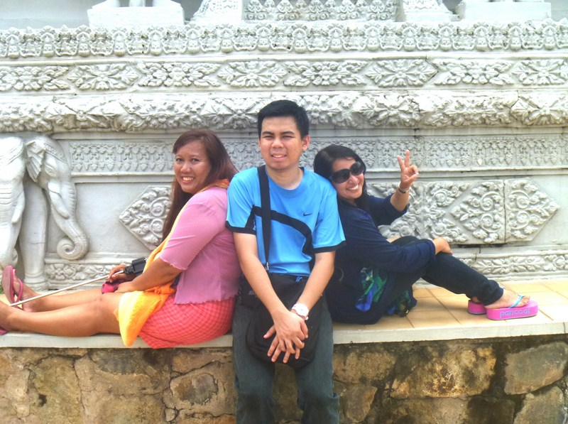 Osang, Jandy and Osang at Kantha Bopha's Stupa