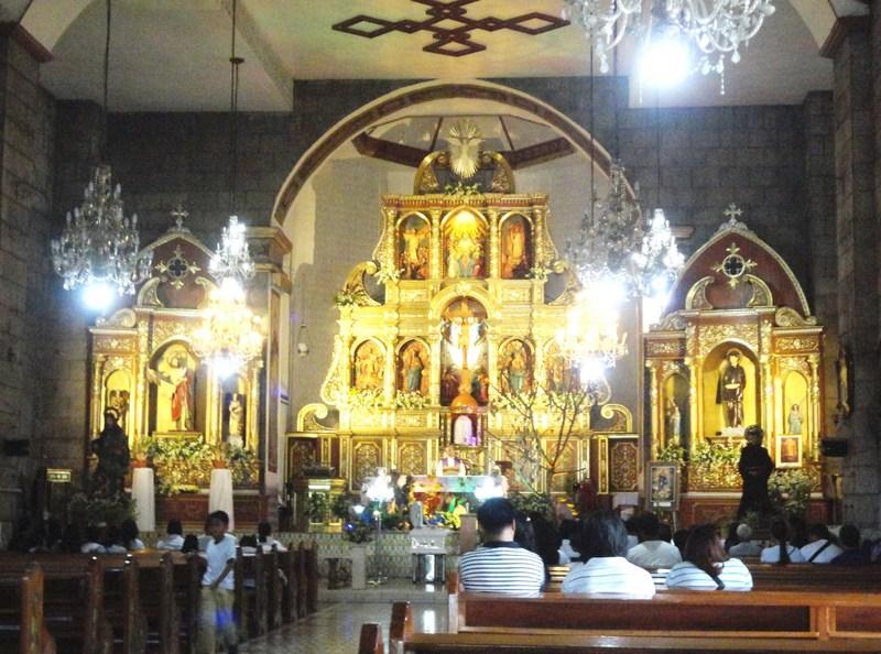 The church retablo