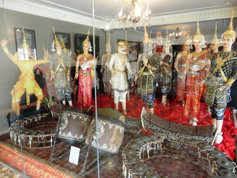 Showroom of Royal Dancers Ornaments (Preah Kossamak)