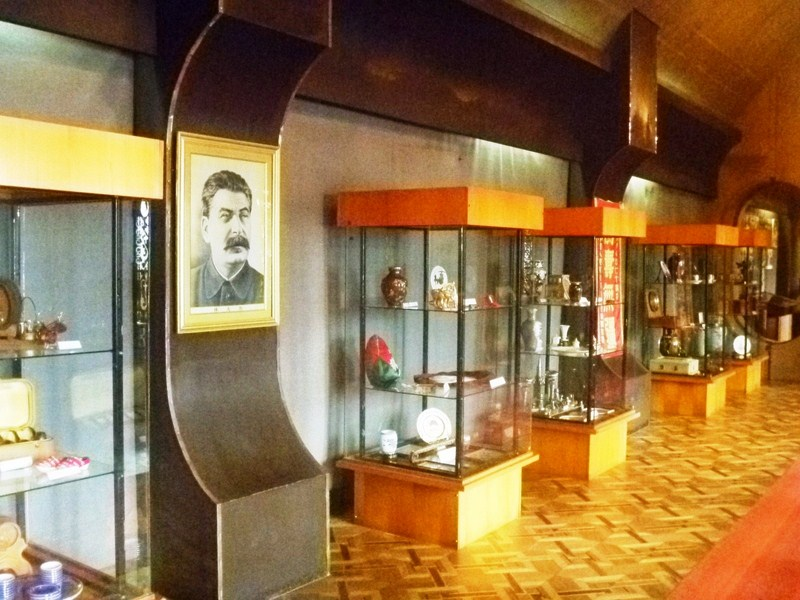 Display cases with gifts to Stalin