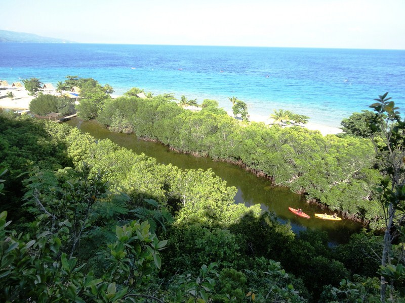 View of the natural lagoon from the cliffside trail