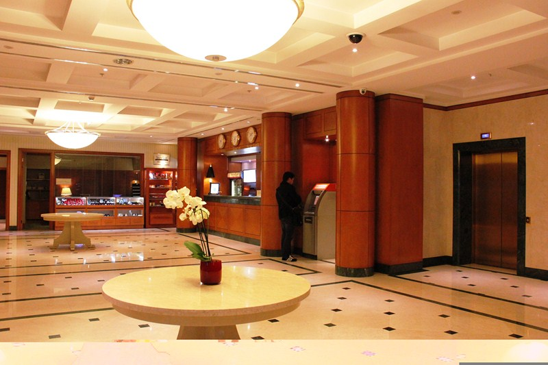 Lobby of the Tblisi Marriot Hotel