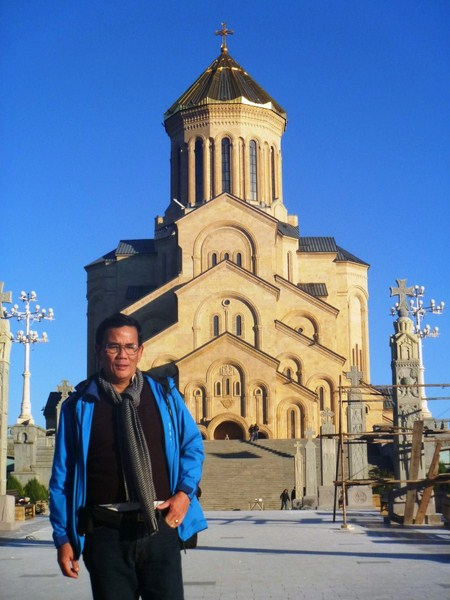 The author at Tsiminda Sameba Cathedral
