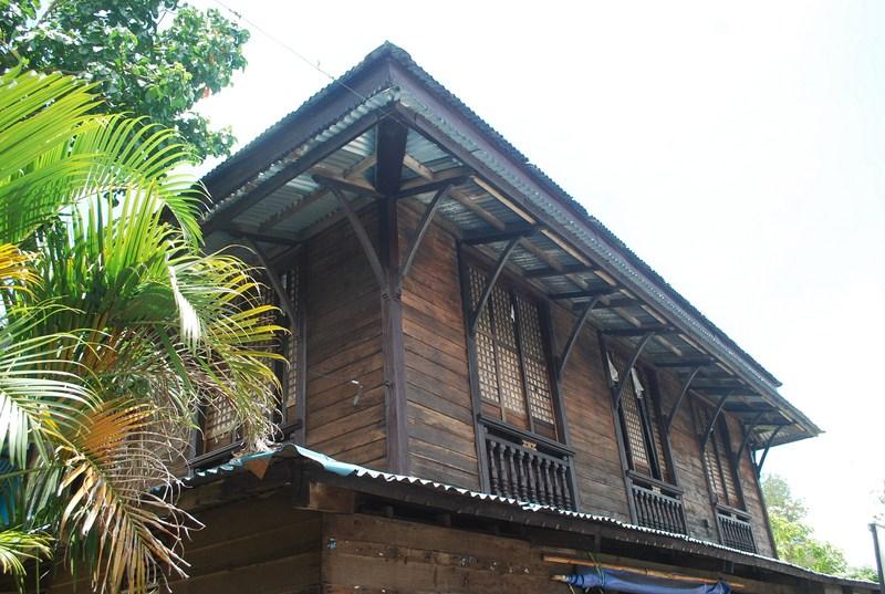 Melba Moyo House