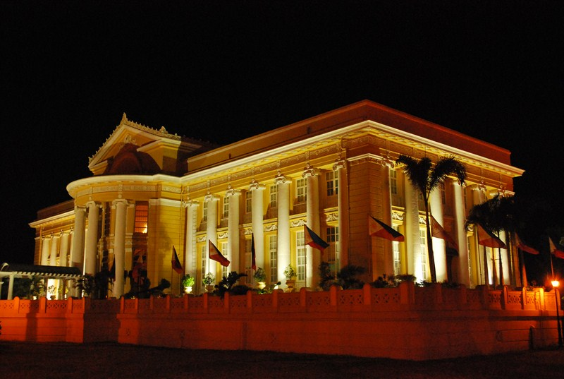 The beautifully lit Provincial Capitol at night