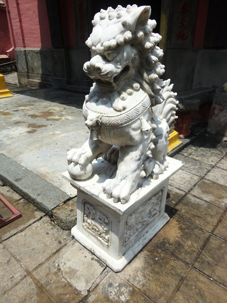 Jade Emperor Pagoda (41)