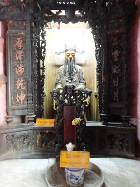 Jade Emperor Pagoda (47)