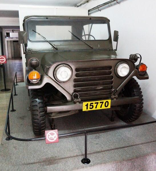 XE Jeep M151A2