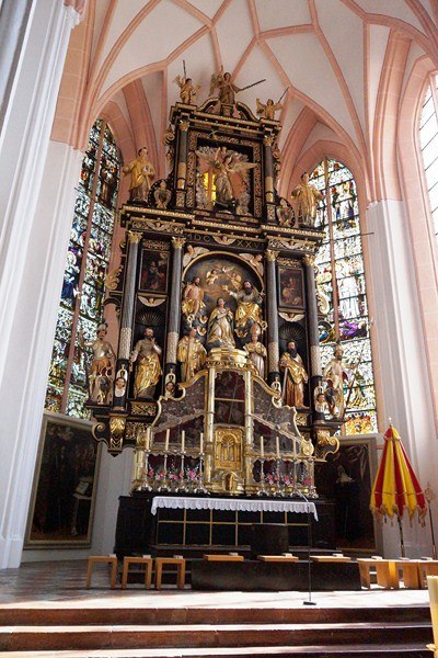 High Altar designed by Salzburg sculptor Hans Waldburger