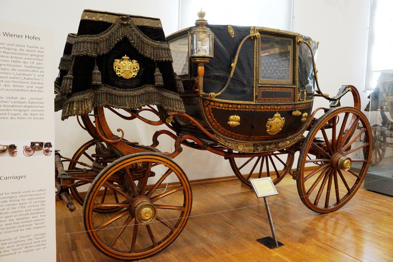 Lavish personal town carriages o the Vienna Court