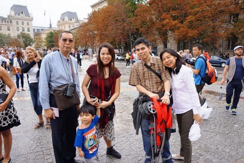 L-R: Manny, Kyle, Cheska, Jandy and Grace