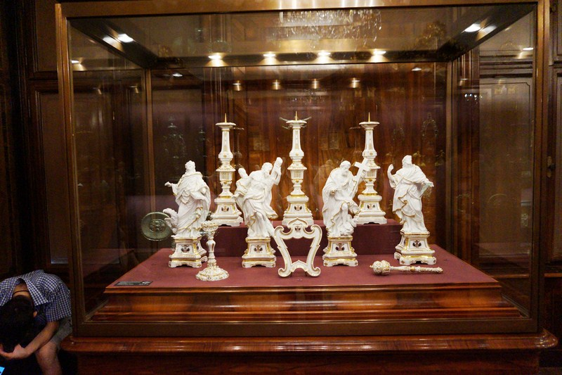Meissen altar set of the Empress Wilhelmine Amalla