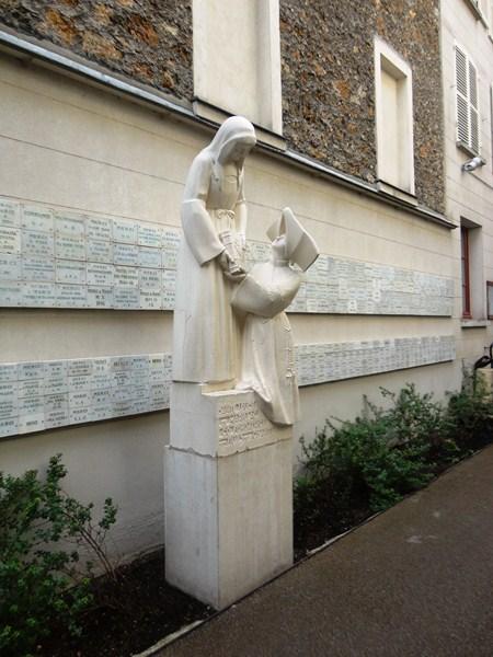 Statue of St. Louise de Marillac