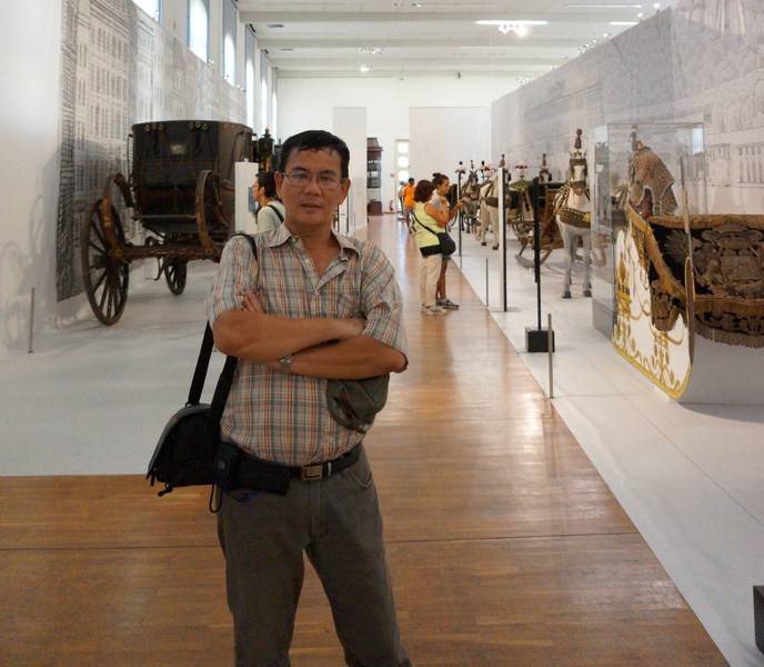 The author at the Imperial Carriage Museum