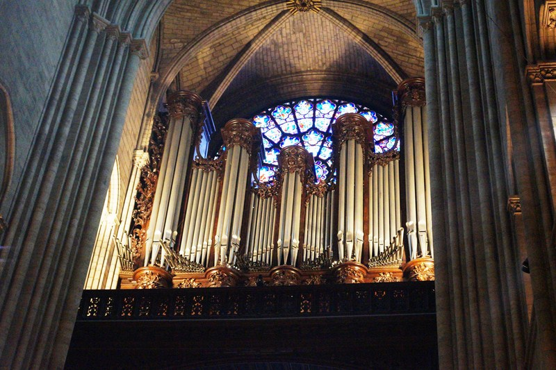 The cathedral's pipe organ