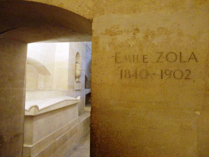 Tomb of Emile Zola