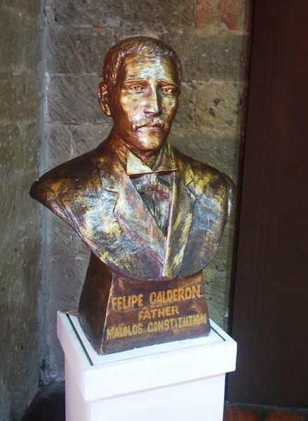 Bust of Felipe Calderon