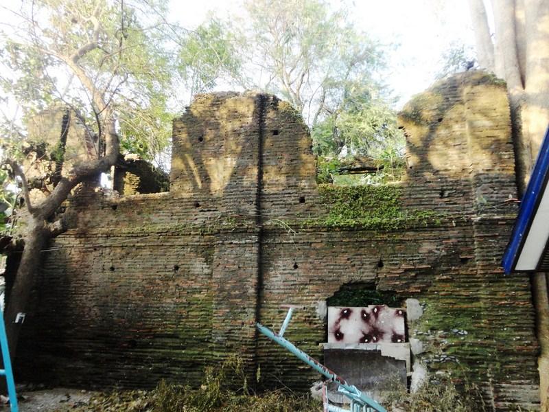 Convent ruins