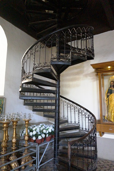 Spiral stairs leading to choir loft