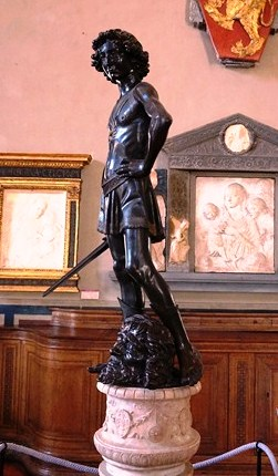 Bronze statue of David (1466, Andrea del Verrocchio)