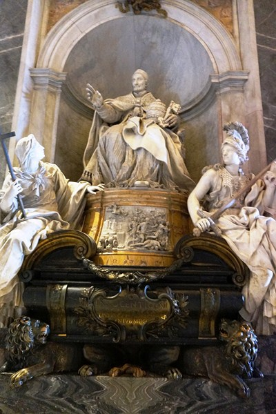Monument to Pope Innocent XI