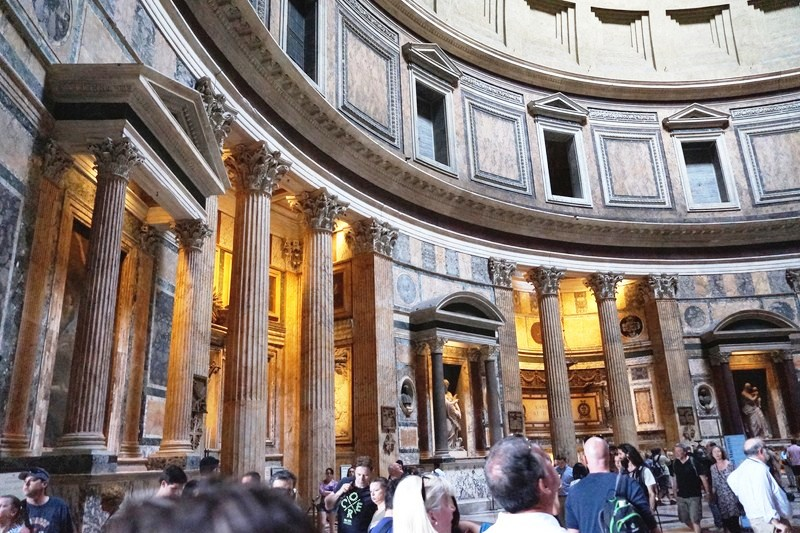 Pantheon (3)