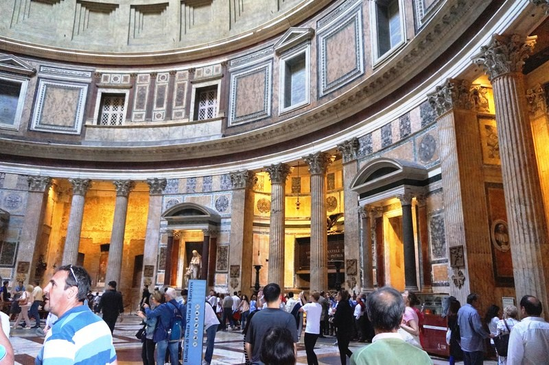 Pantheon ( 4)