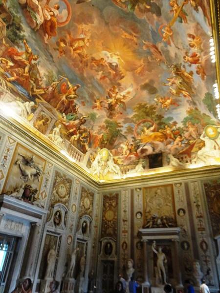 Trompe l'oeil ceiling fresco by the Sicilian artist Mariano Rossi