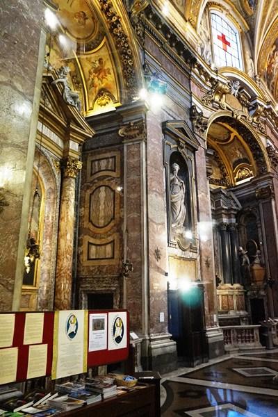 Church of Santa Maria Magalena (3)