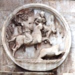 Round relief, south side - The hunt of a bear