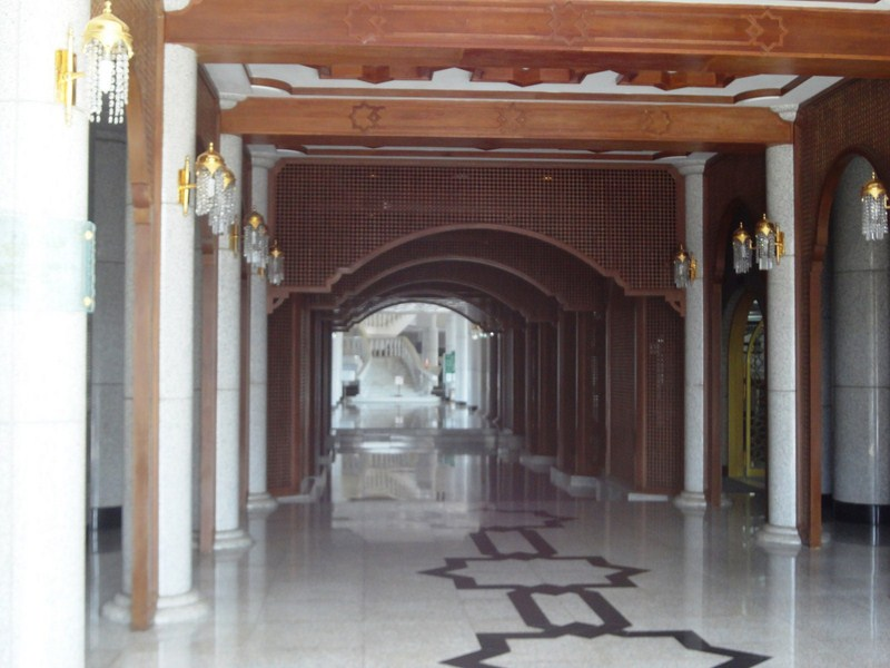 central-hall-1