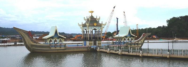 The Sultan Bolkiah Mahligai Barge
